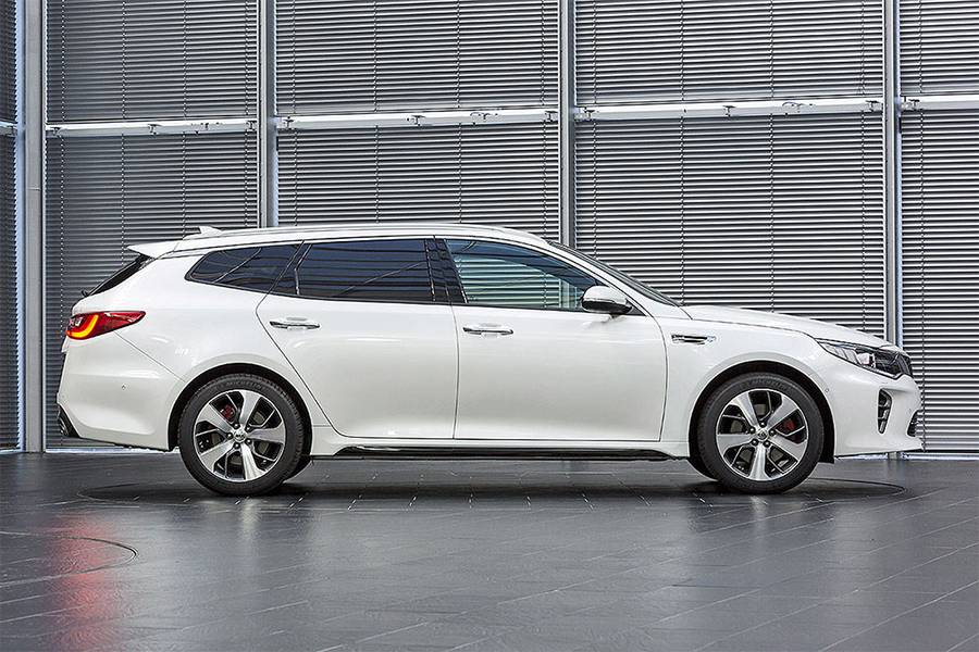 Универсал Kia Optima Sportswagon 2016-2017 года