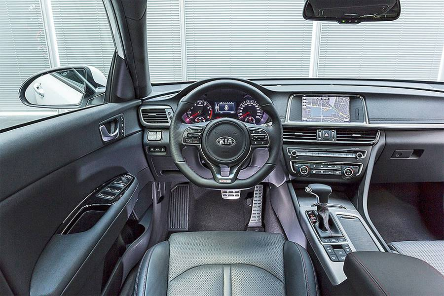 Салон Kia Optima Sportswagon 2016-2017 года
