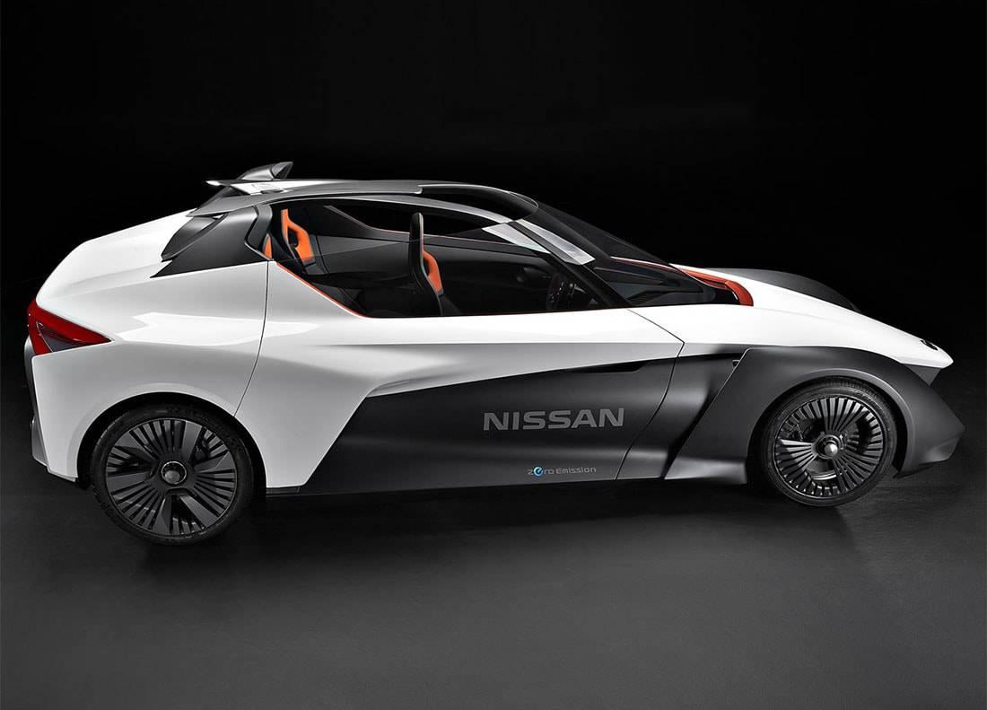 фото концепта Nissan BladeGlider 2016 (вид сбоку)