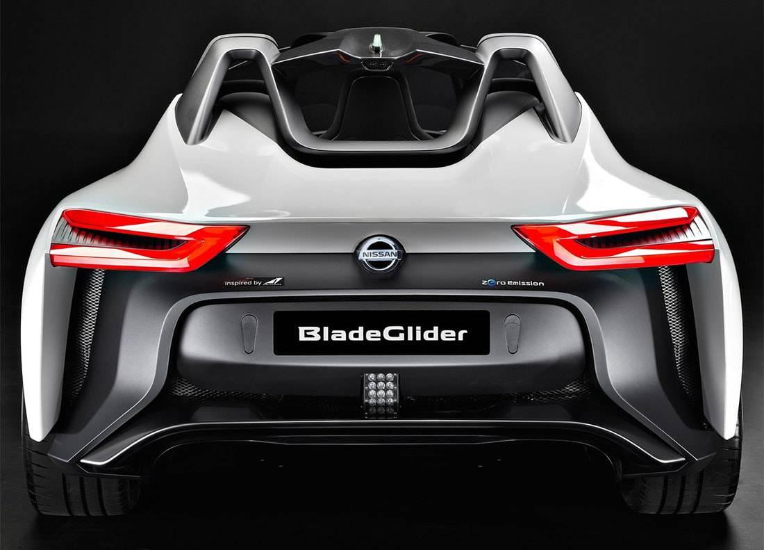фото концепта Nissan BladeGlider 2016 (вид сзади)