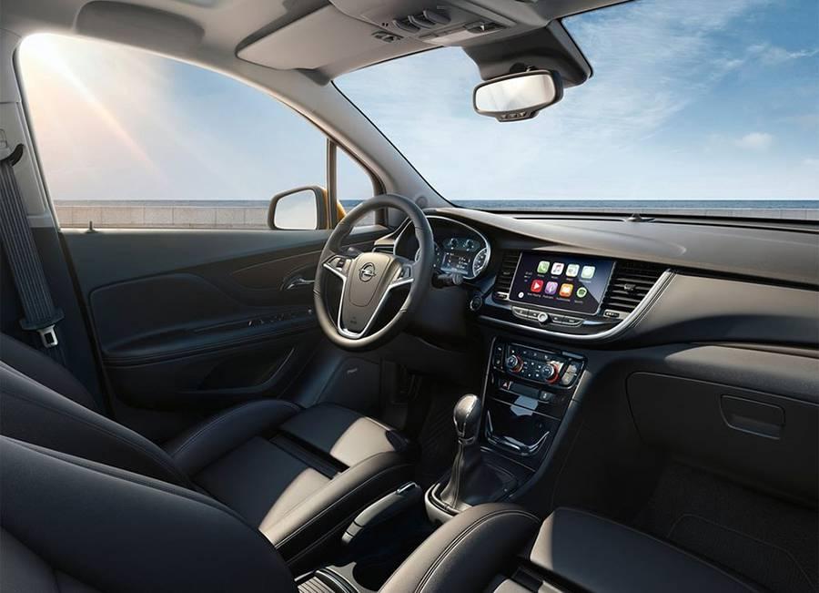 Фото интерьера Opel Mokka X 2016-2017