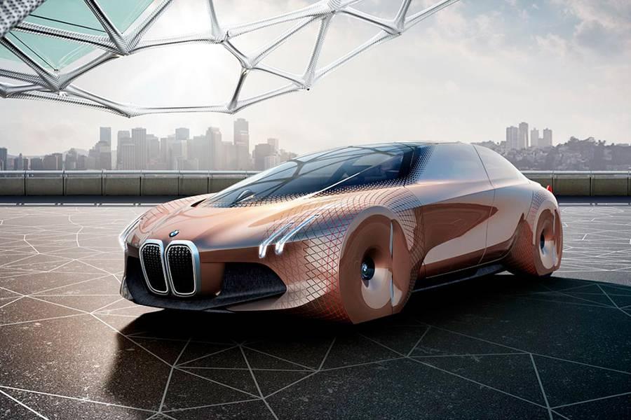 Фото BMW Vision Next 100 (вид спереди)