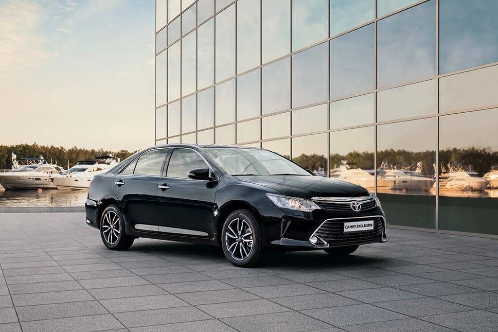 фото Toyota Camry с комплектацией Exclusive