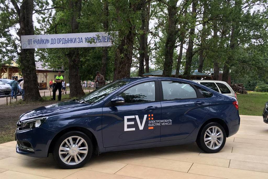 электромобиль Lada Vesta EV фото