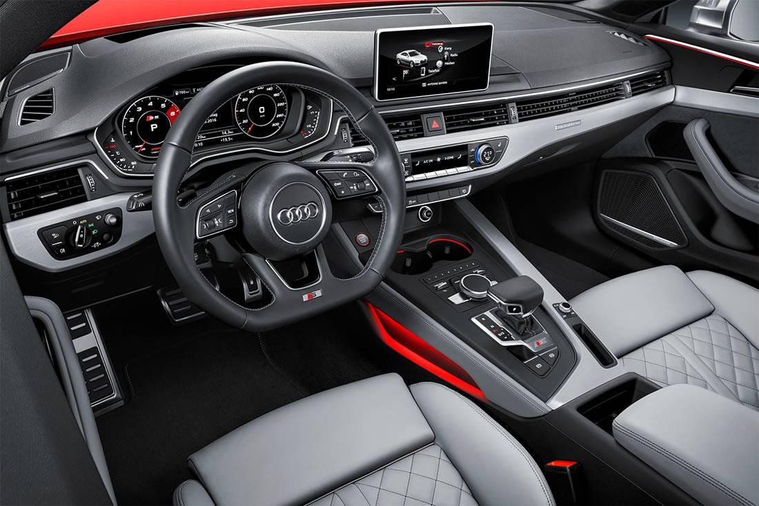 фото салона Audi S5 Coupe 2017-2018 года