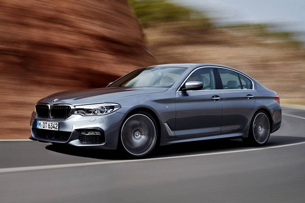 фото BMW 5-Series (G30) 2017-2018 года вид спереди