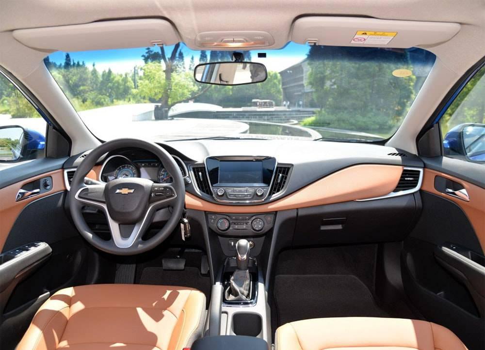 фото салона Chevrolet Cavalier 2016-2017 года