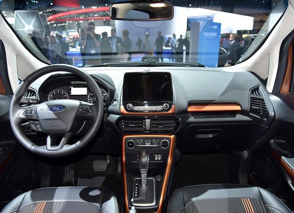 фото салона Ford EcoSport 2017-2018 года