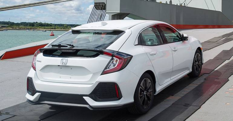 фото хэтчбека Honda Civic 10 поколения