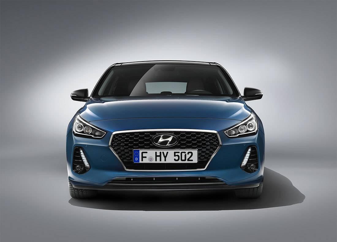 фото Hyundai i30 2017-2018 вид спереди