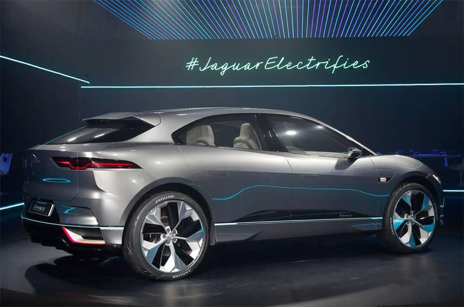 фото Jaguar I-Pace Concept 2017-2018 вид сбоку