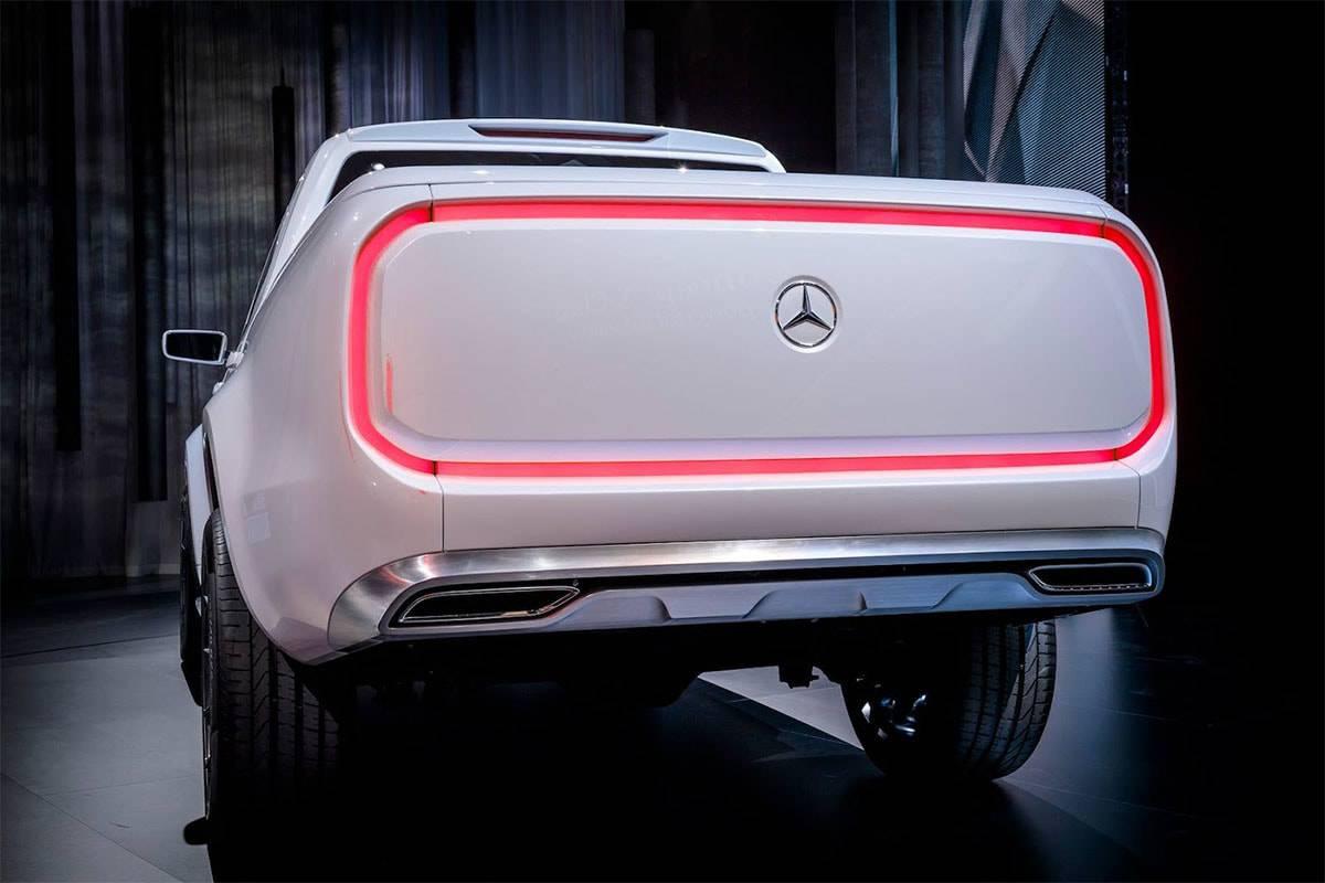 фото Mercedes-Benz X-Class Pickup Concept 2016-2017 года вид сзади