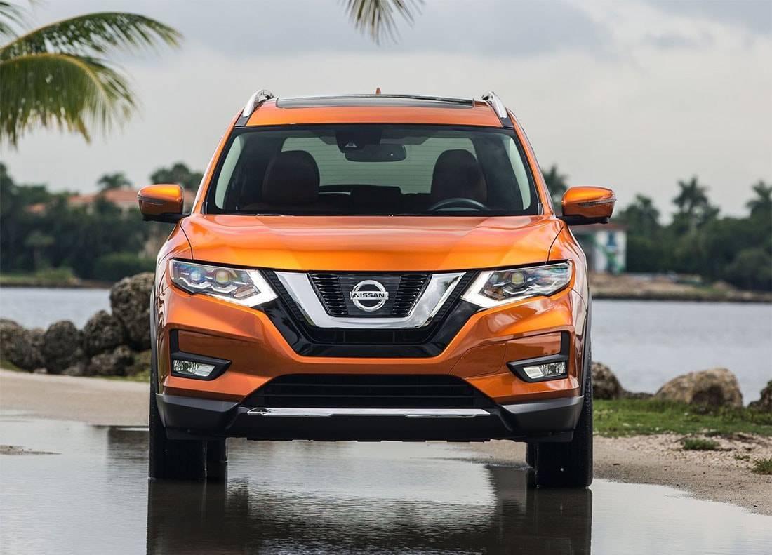 картинки Nissan Rogue 2017-2018 года вид спереди
