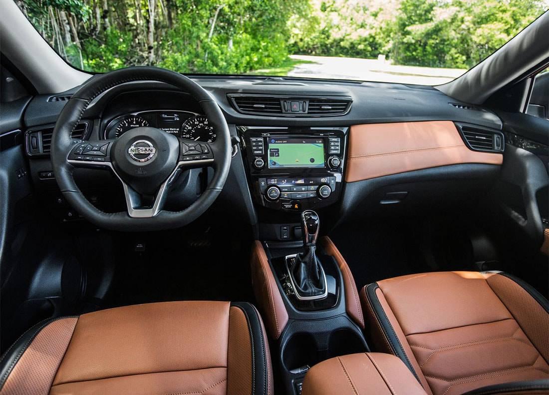 картинки салона Nissan Rogue 2017-2018 года