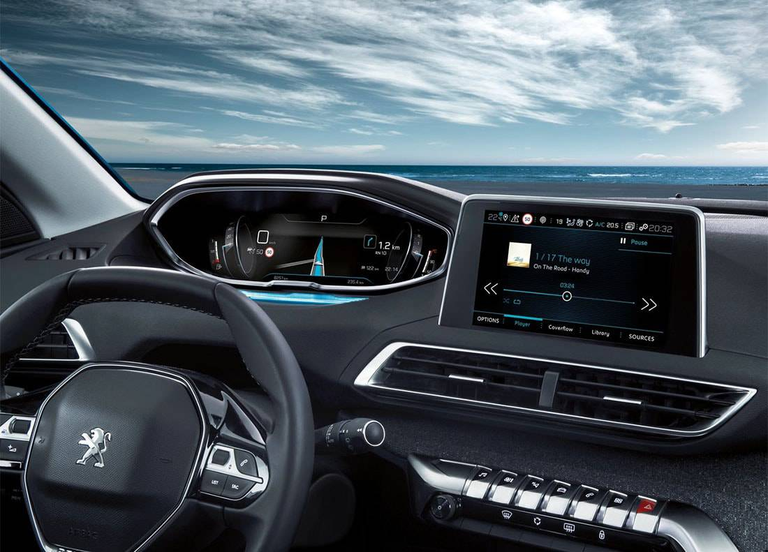 картинки салона Peugeot 5008 2 поколения 2017-2018 года