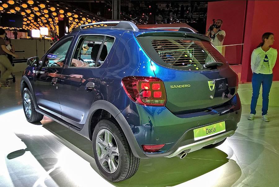 фото Renault-Dacia Sandero 2017-2018 года вид сзади