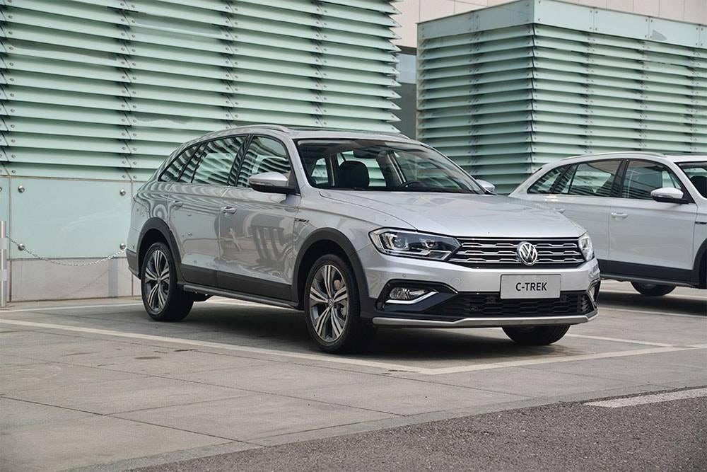 Фото универсала Volkswagen Bora C-Trek 2017-2018 года