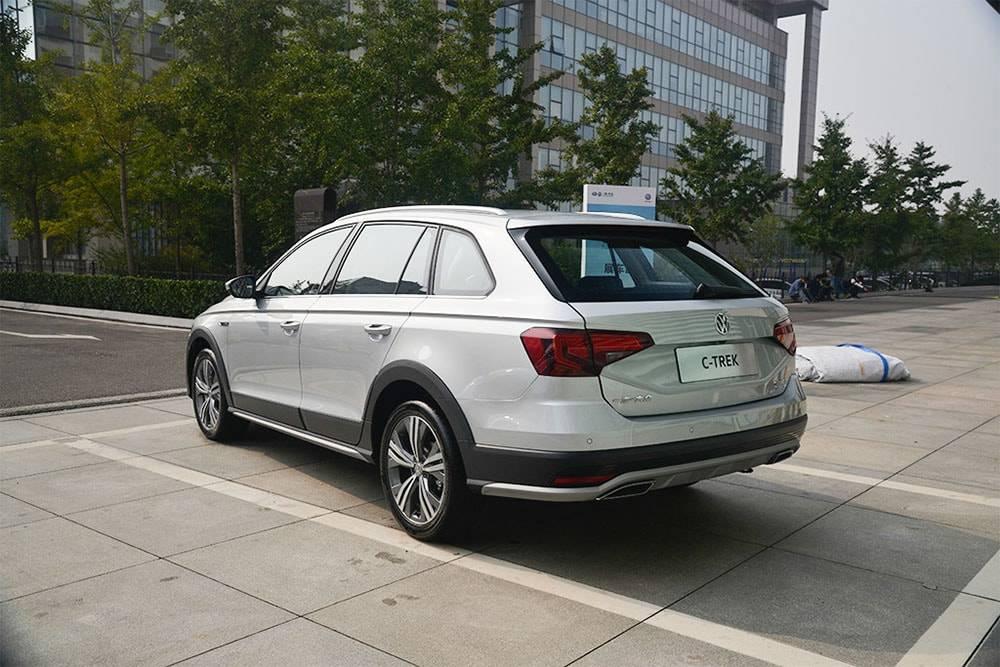 картинки Volkswagen Bora C-Trek 2017-2018 года