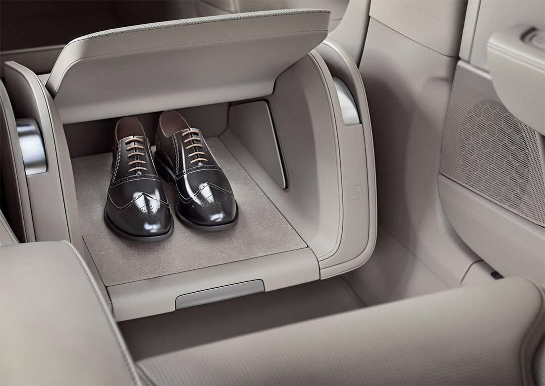 картинки интерьера Volvo S90 Excellence 2017-2018 года
