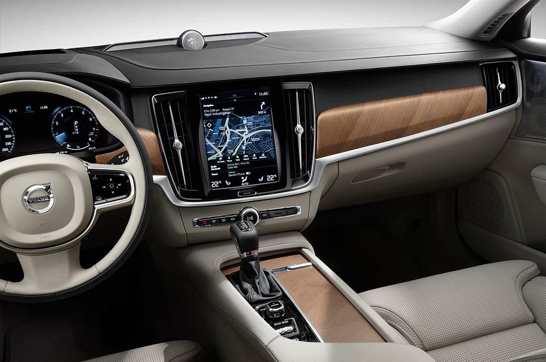 фото салона Volvo S90 Excellence 2017-2018 года