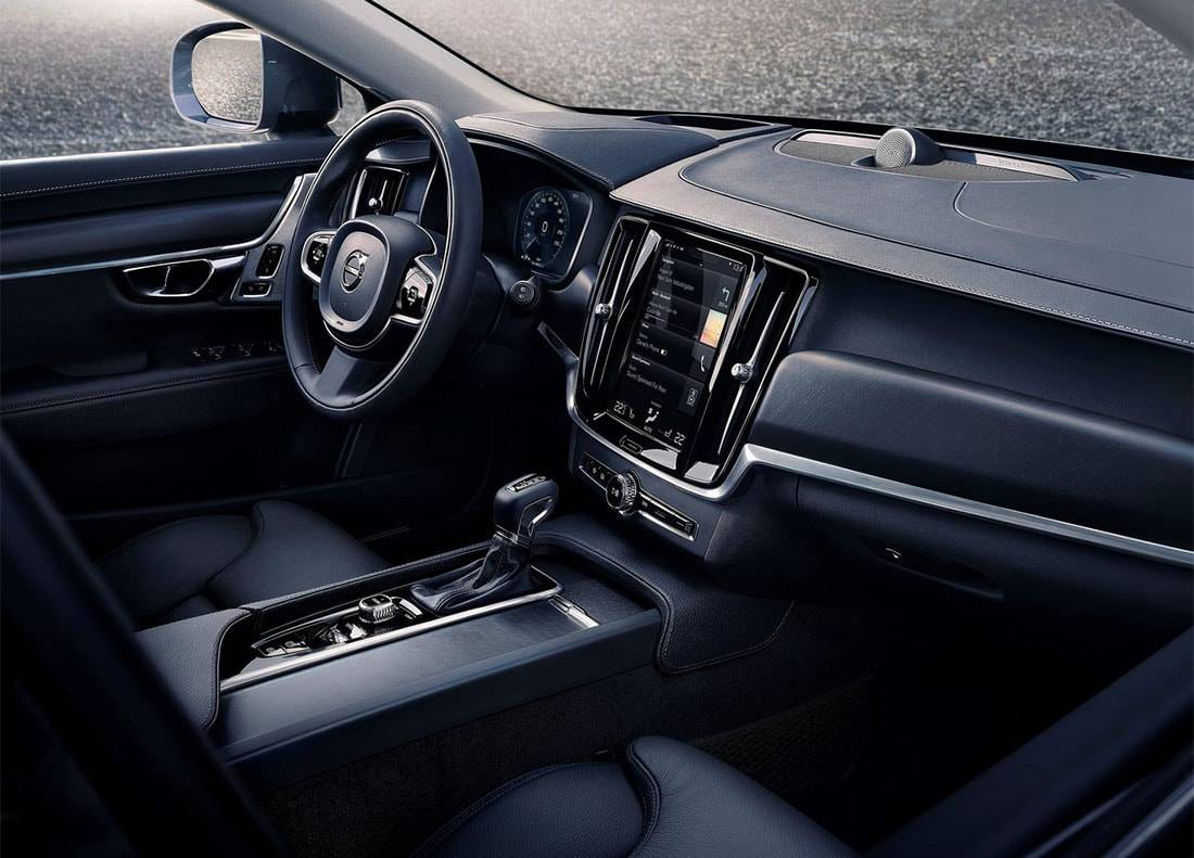 фото салона Volvo V90 Cross Country 2017-2018 года