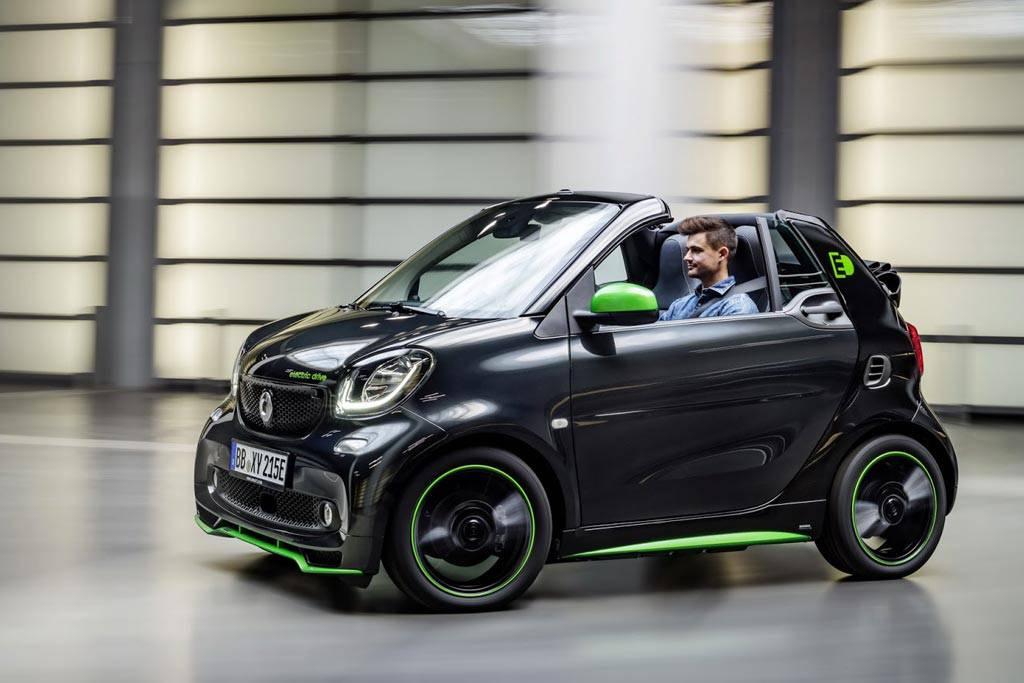 фото электрический Smart ForTwo Cabrio EV 2017-2018 года