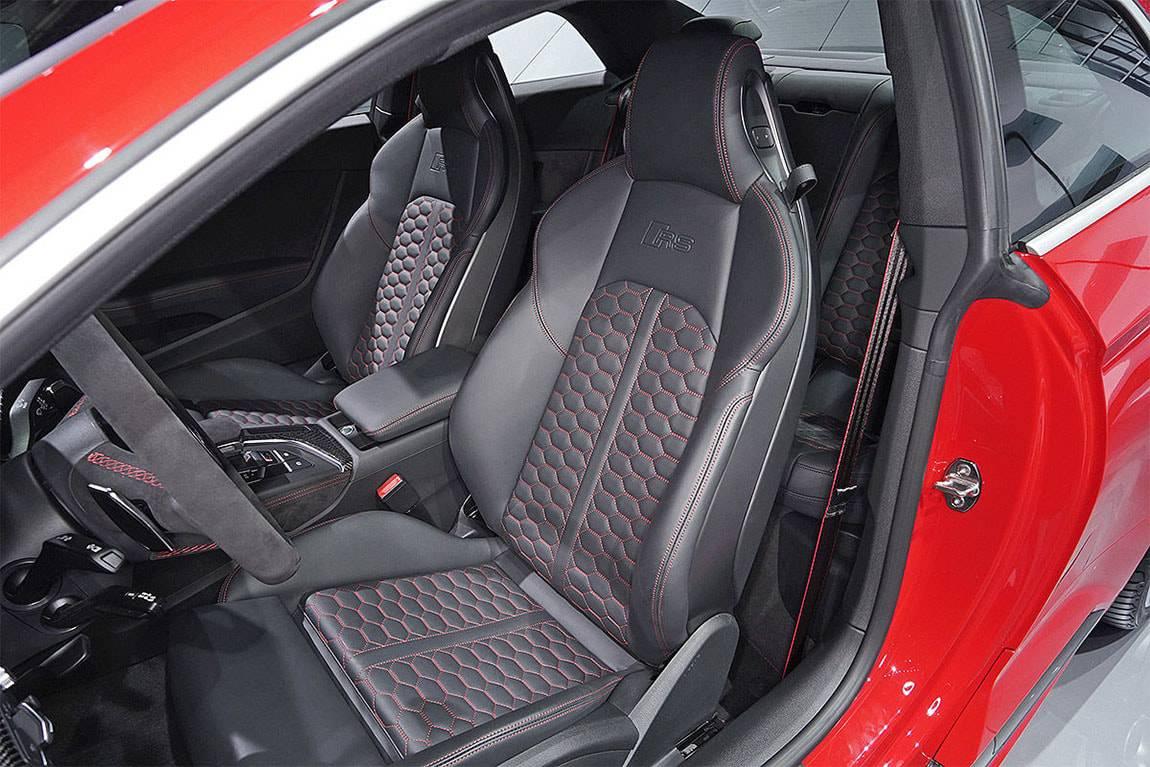 фото интерьера Audi RS5 Coupe 2017-2018 года