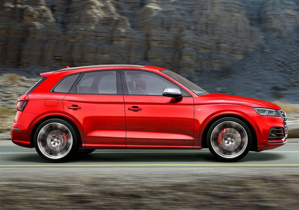 фото Audi SQ5 2017-2018 вид сбоку