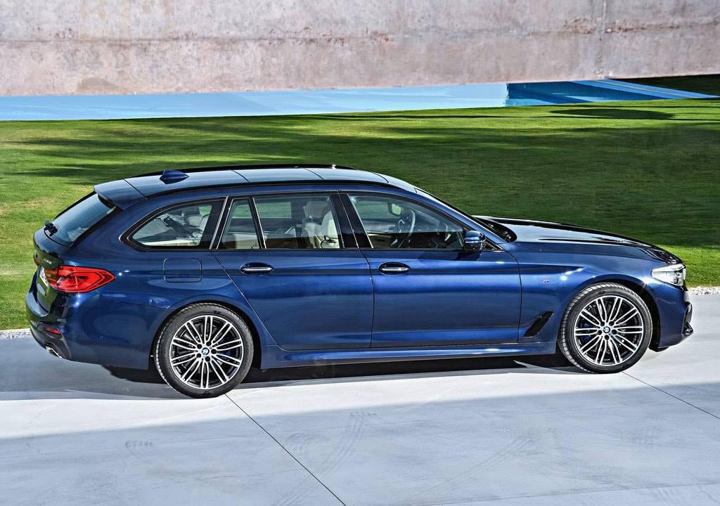 фото BMW 5-Series Touring 2017-2018 вид сбоку