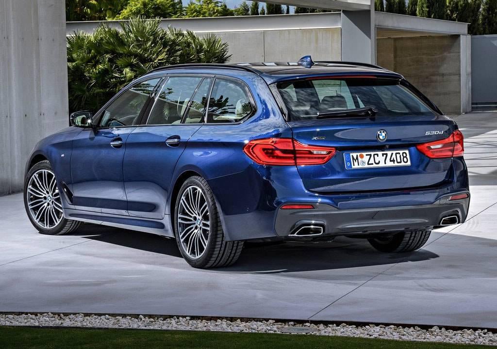 фото BMW 5-Series Touring 2017-2018 вид сзади