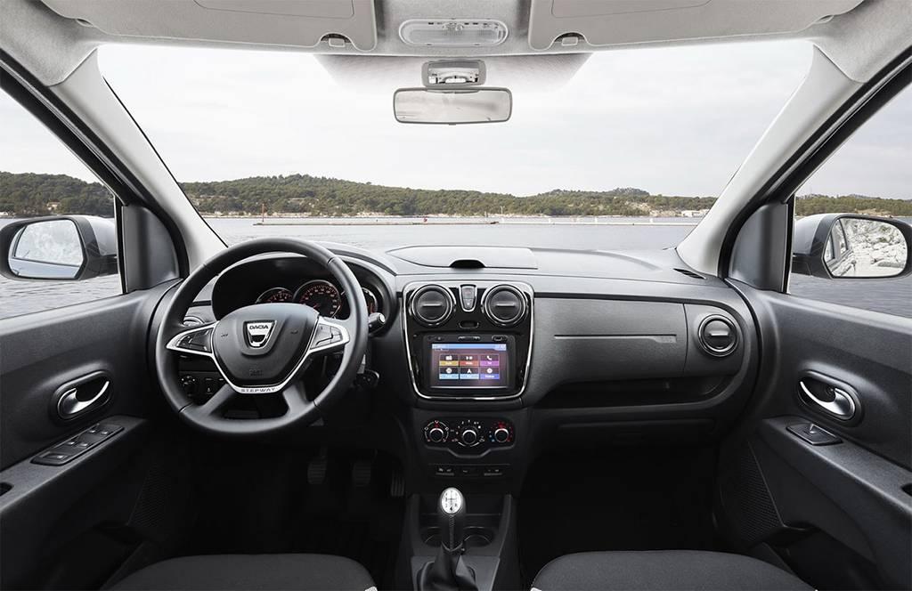 фото салона Dacia Lodgy 2017-2018