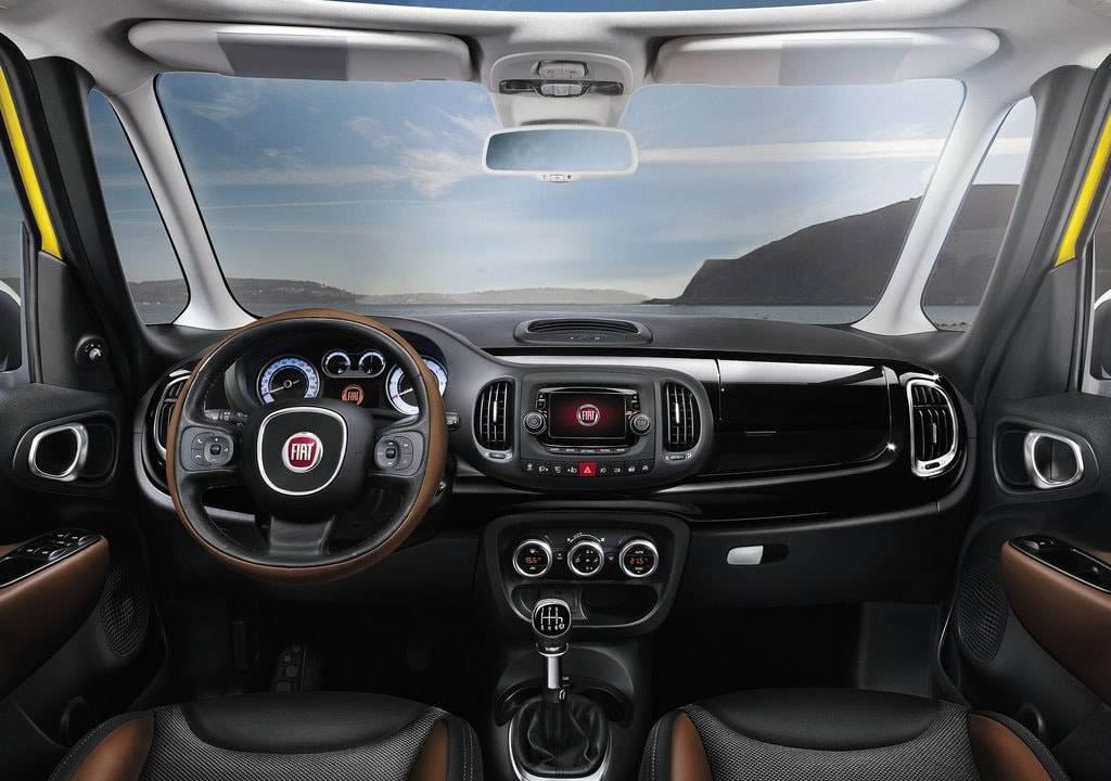 фото интерьера Fiat 500 L 2017-2018