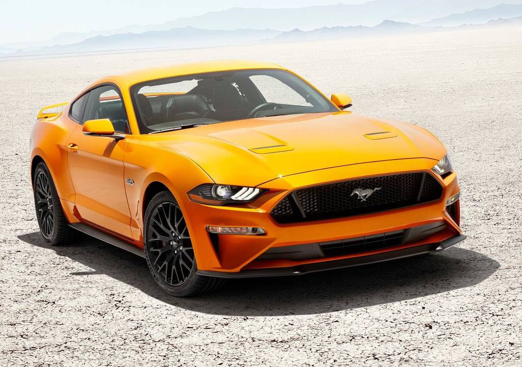 фото Ford Mustang 2017-2018 вид спереди