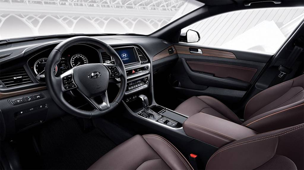 фото салона Hyundai Sonata 2017-2018 года