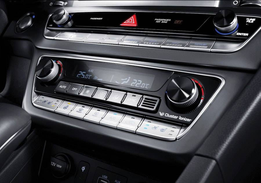 картинки интерьера Hyundai Sonata 2017-2018 года