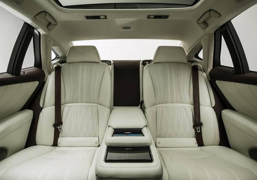 фото второго ряда Lexus LS 500 2017-2018