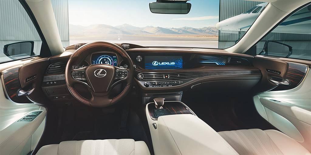 фото интерьера Lexus LS 500 2017-2018