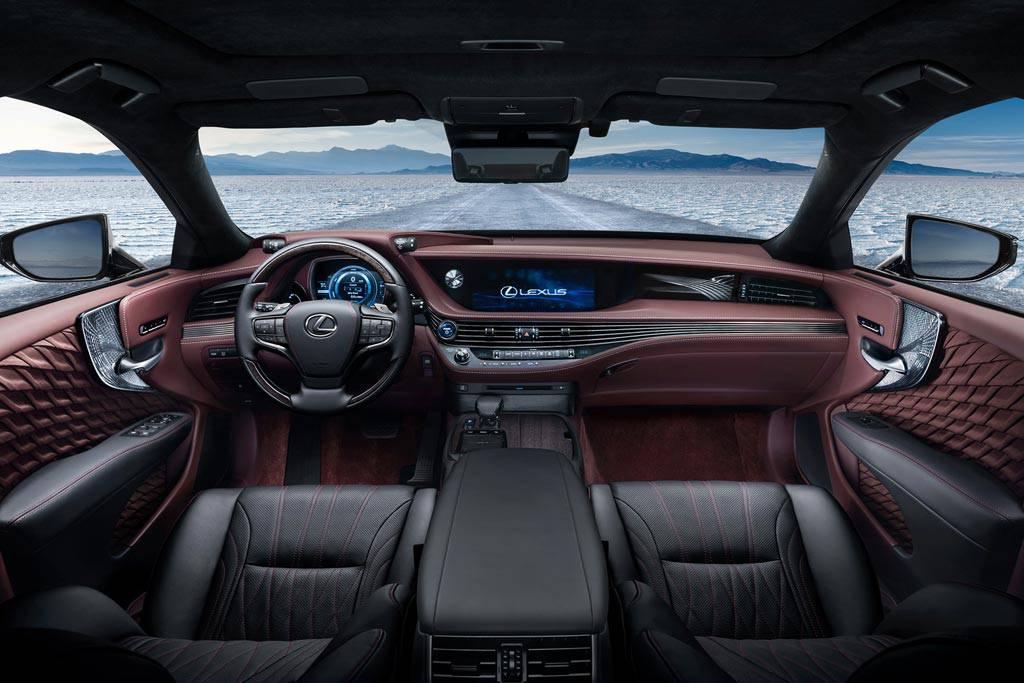 фото салона Lexus LS 500h 2017-2018 года