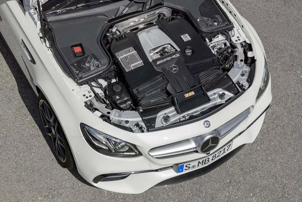 фото двигателя Mercedes-AMG E63 S 4Matic+ Estate 2017-2018