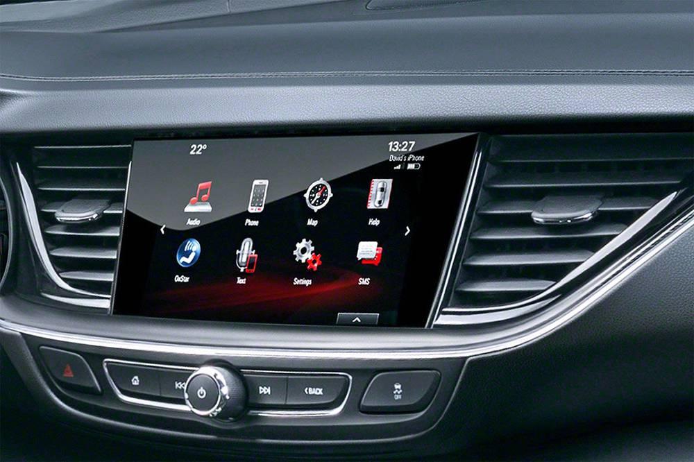 фото мультимедийной системы Opel Insignia (Опель Инсигния) 2017-2018 года