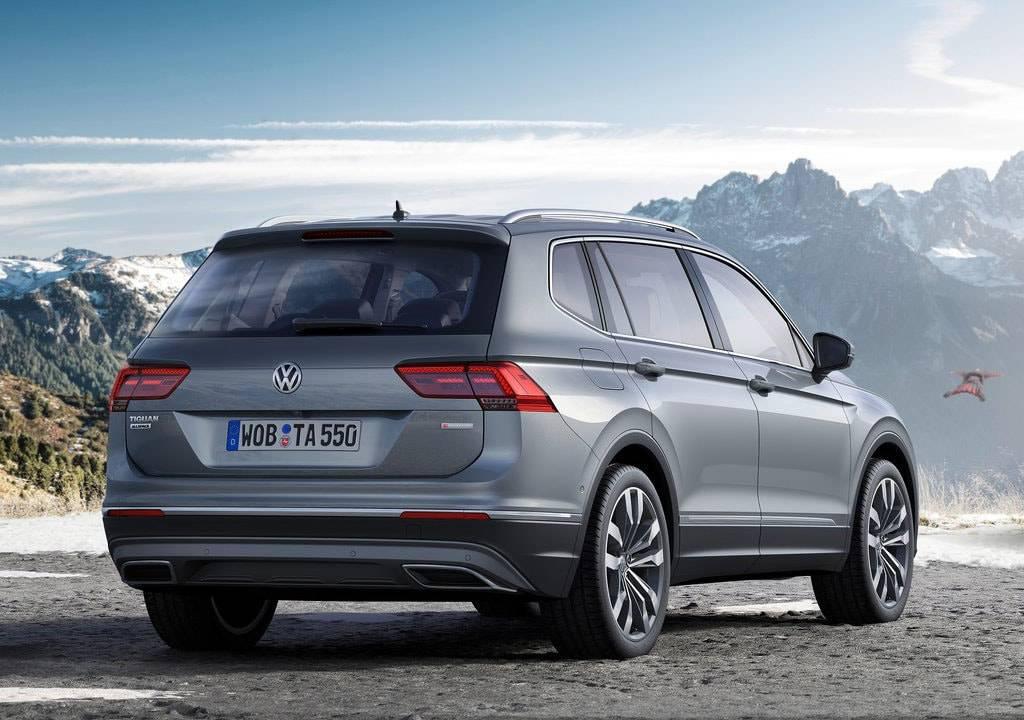 фото Volkswagen Tiguan Allspace 2017-2018 года вид сзади