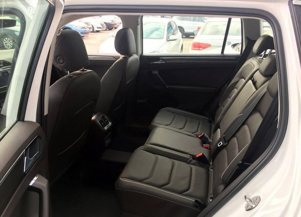 фото интерьера Volkswagen Tiguan XL 2017-2018 года