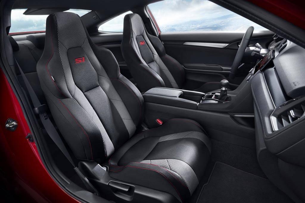 фото интерьера Honda Civic Si 2017-2018 года