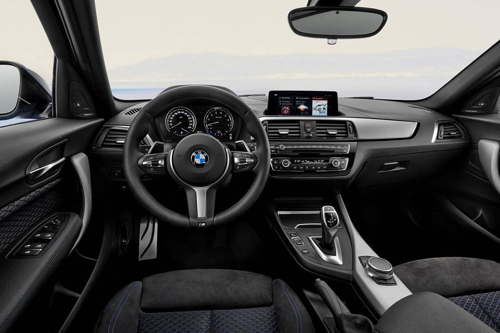 салон BMW 1-Series