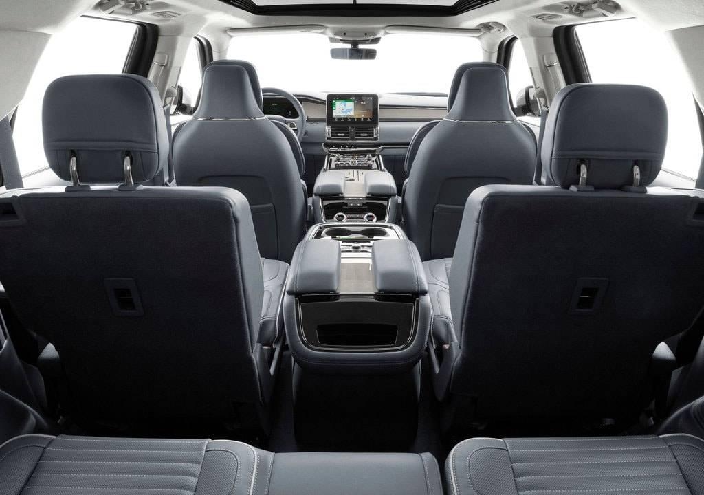 фото салона Lincoln Navigator 2018-2019 года
