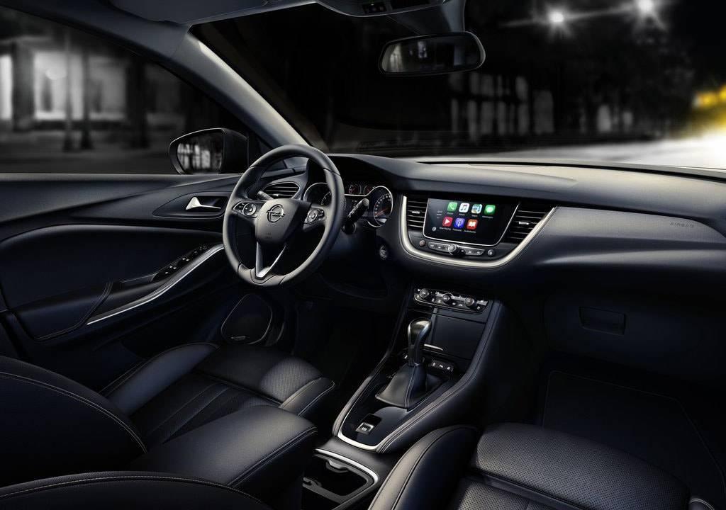фото салона Opel Grandland X 2017-2018 года